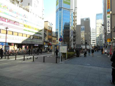 秋葉原18-0106-01
